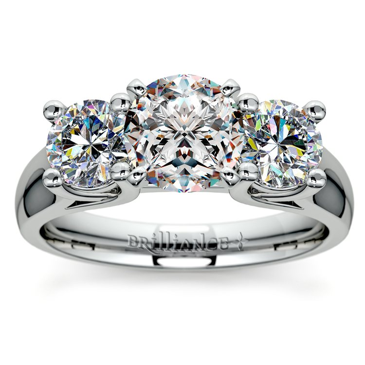 Round Diamond Engagement Ring in White Gold (1 ctw)   01