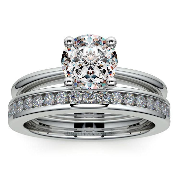 Solitaire Ring & Channel Diamond Bridal Set in White Gold | 01