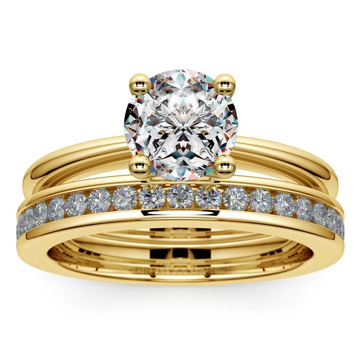 Solitaire Ring & Channel Diamond Bridal Set in Yellow Gold | 01