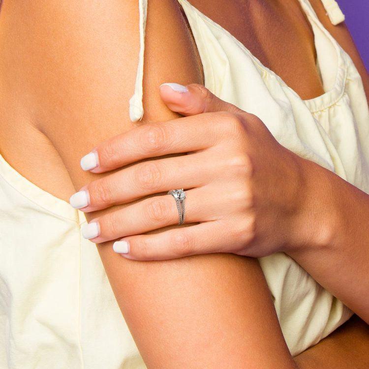 Split Shank Diamond Engagement Ring in White Gold   07