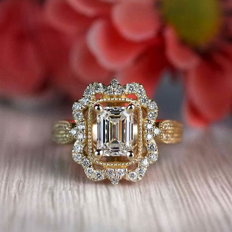 Vintage Halo Diamond Engagement Ring in Yellow Gold | 05