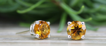 Buying Guide: Gemstone Stud Earrings for Women