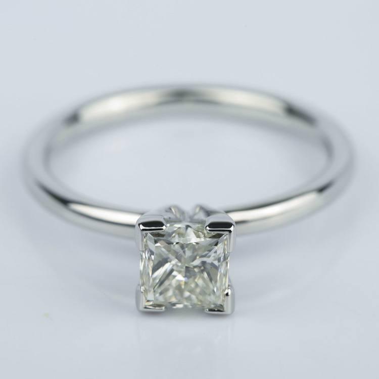 0.90 Carat Princess Diamond Engagement Ring in Platinum