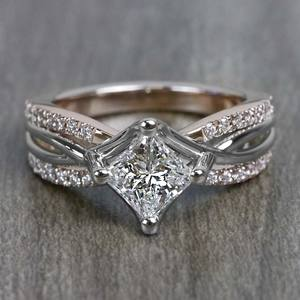 0.85 Carat Princess Cut Diamond Twisted Design Engagement Ring