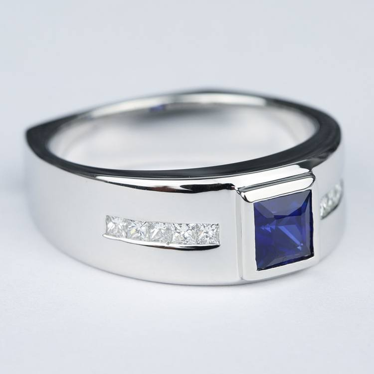 Blue Sapphire Orion Diamond Mangagement™ Ring angle 3