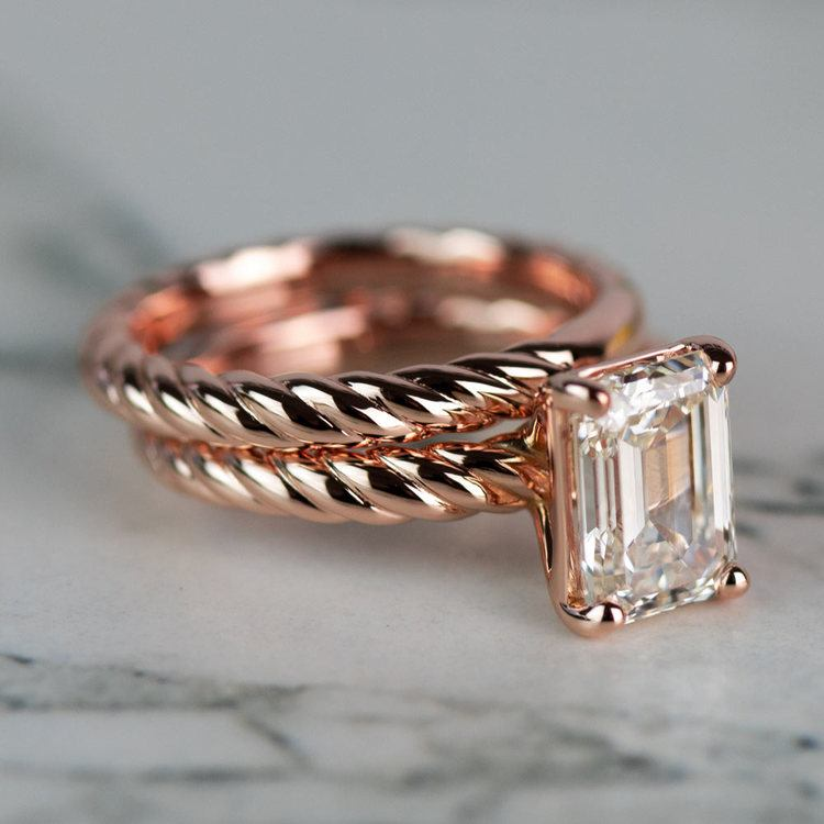 18K Rose Gold Twisted Solitaire Bridal Set with 2.03 Carat Emerald Diamond angle 3