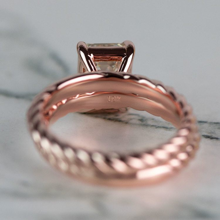 18K Rose Gold Twisted Solitaire Bridal Set with 2.03 Carat Emerald Diamond angle 4