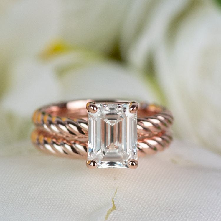 18K Rose Gold Twisted Solitaire Bridal Set with 2.03 Carat Emerald Diamond angle 5