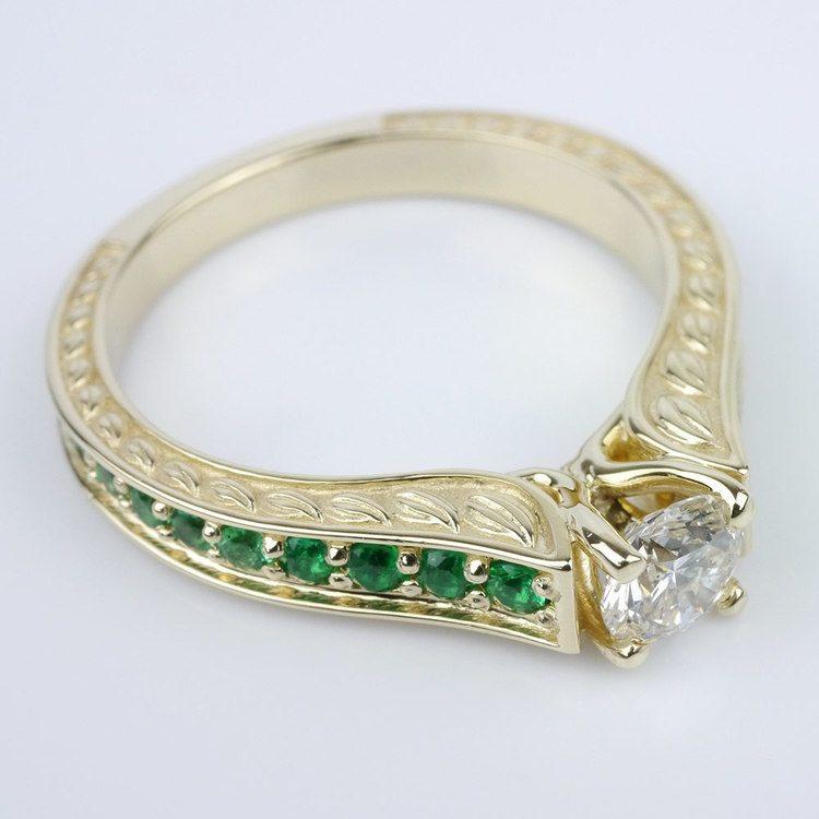 Antique Emerald Gemstone Ring angle 3