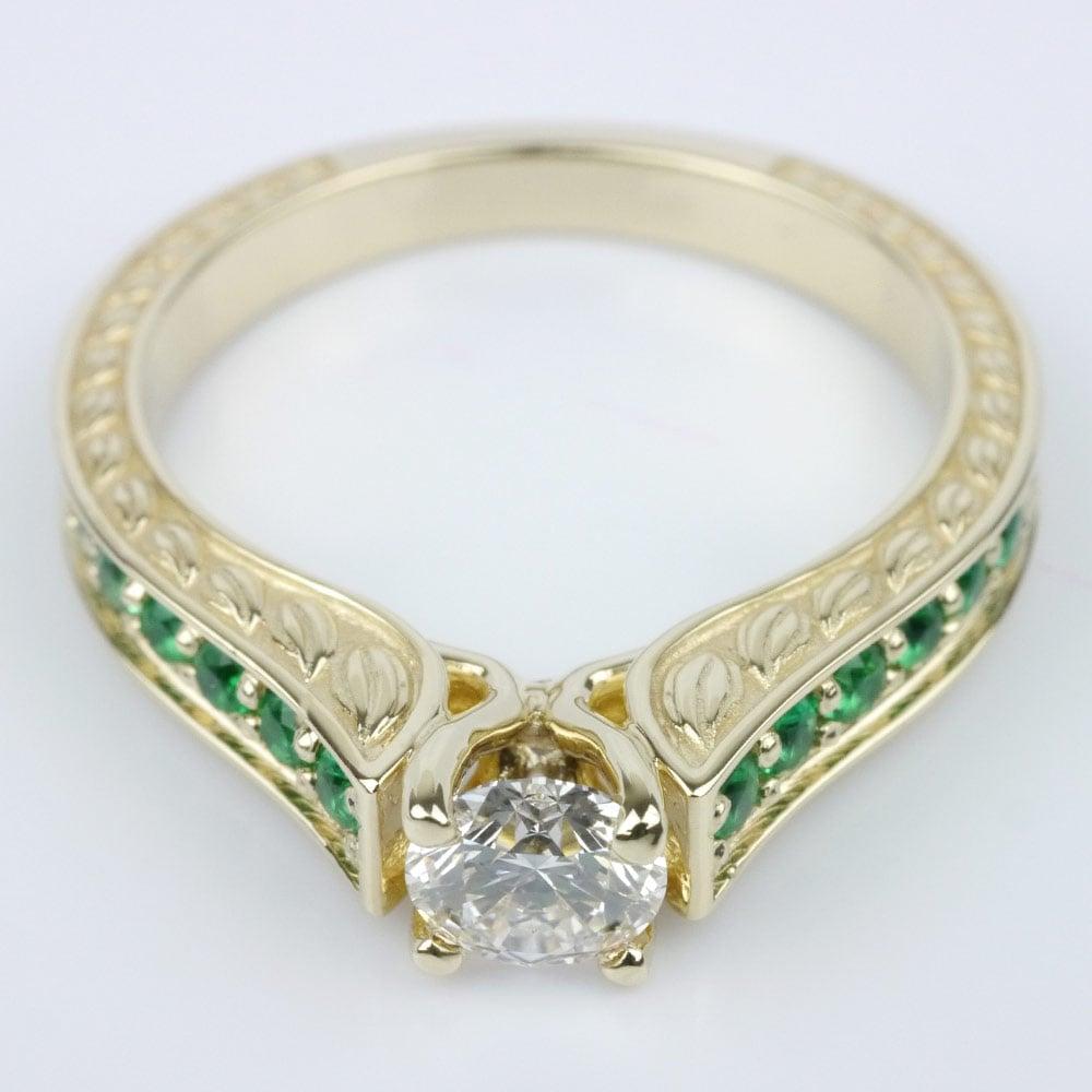 antique emerald gemstone ring. Black Bedroom Furniture Sets. Home Design Ideas