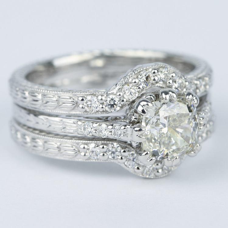 Antique Cushion Cut Diamond Bridal Ring Set angle 3