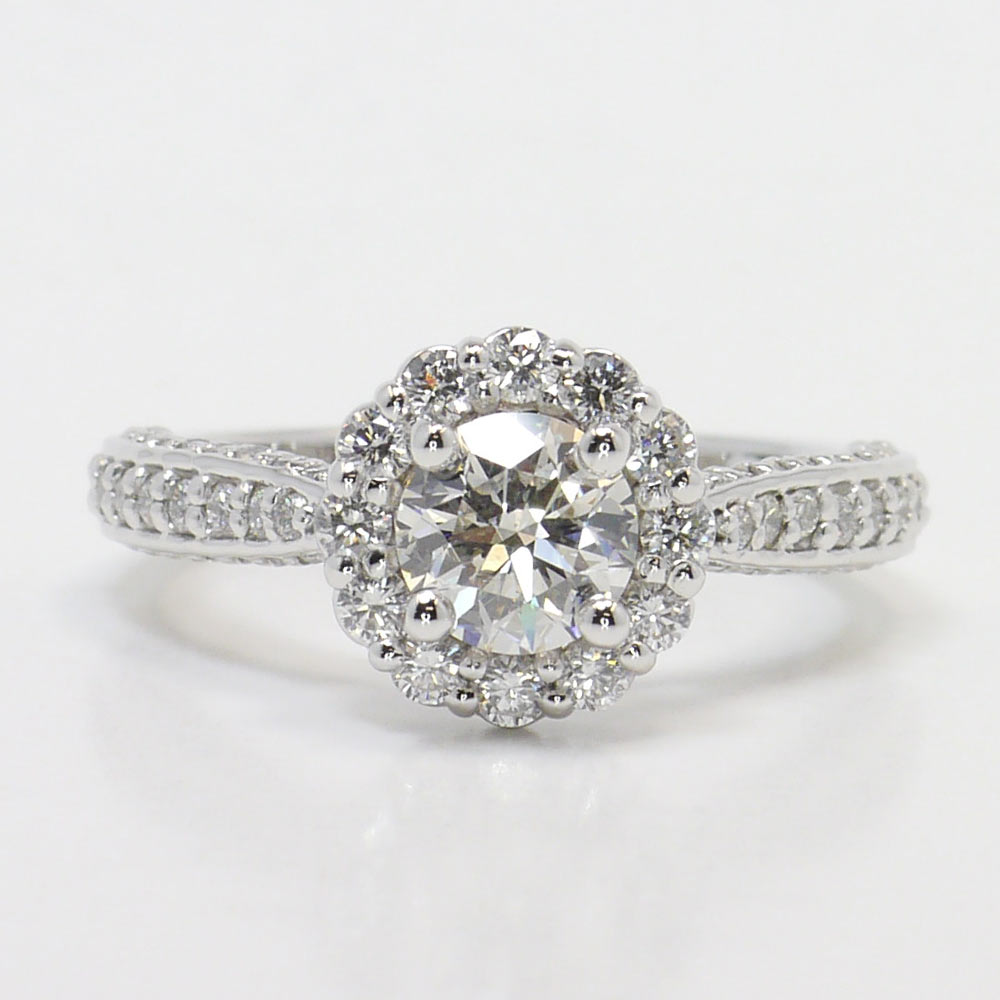 Beautiful Diamond Bands: Beautiful Halo Diamond Ring Setting