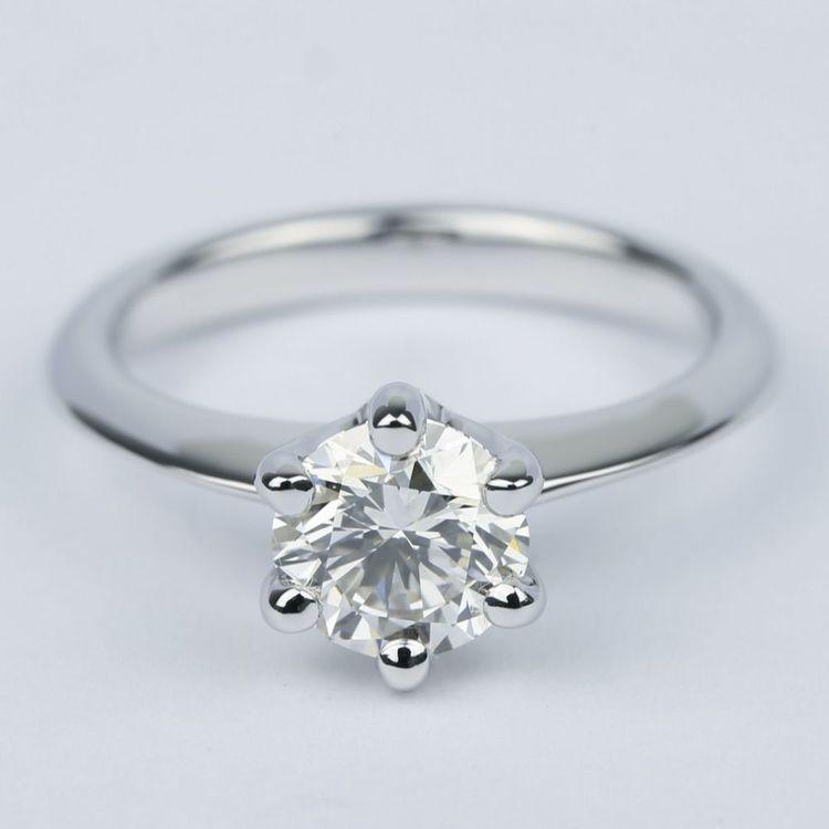 1 Carat Round Diamond Solitaire Engagement Ring