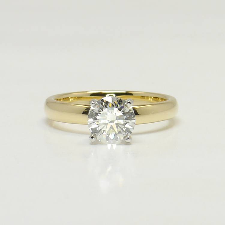Classic 1 Carat Solitaire Round Diamond Engagement Ring