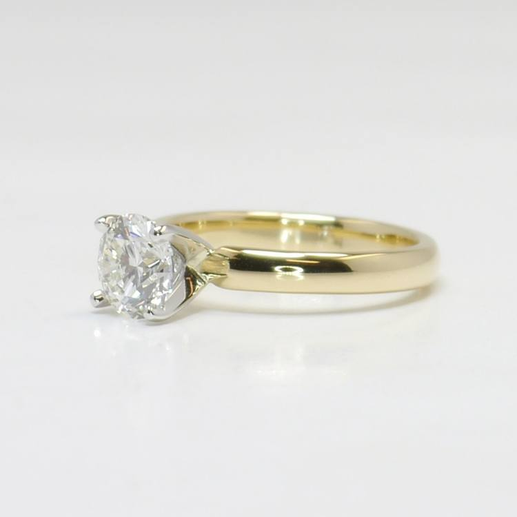 Classic 1 Carat Solitaire Round Diamond Engagement Ring angle 2