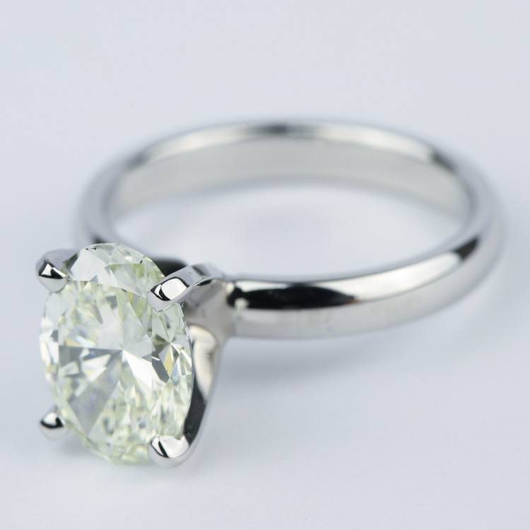 Engagement Ring with L Color Oval Cut Diamond angle 2