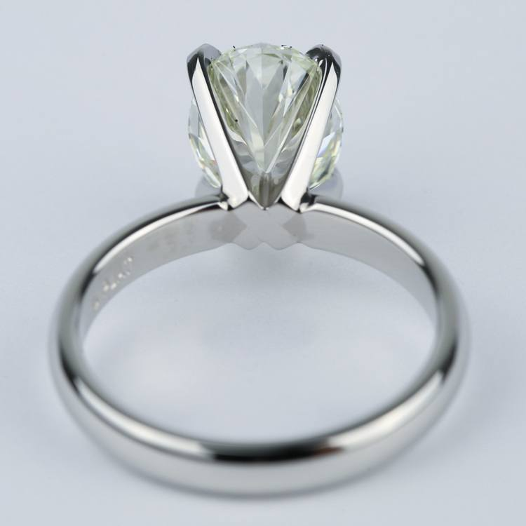 Engagement Ring with L Color Oval Cut Diamond angle 4