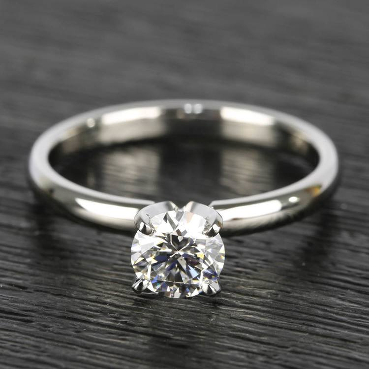 0.90 Carat Round Diamond Comfort-Fit Solitaire Engagement Ring