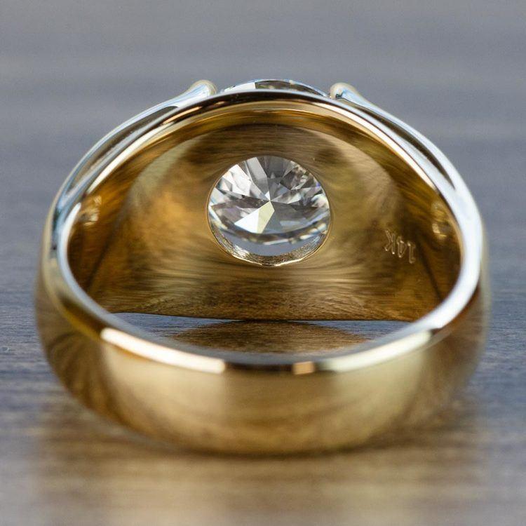 Custom 2.50 Carat Round Diamond Solitaire Engagement Ring angle 4