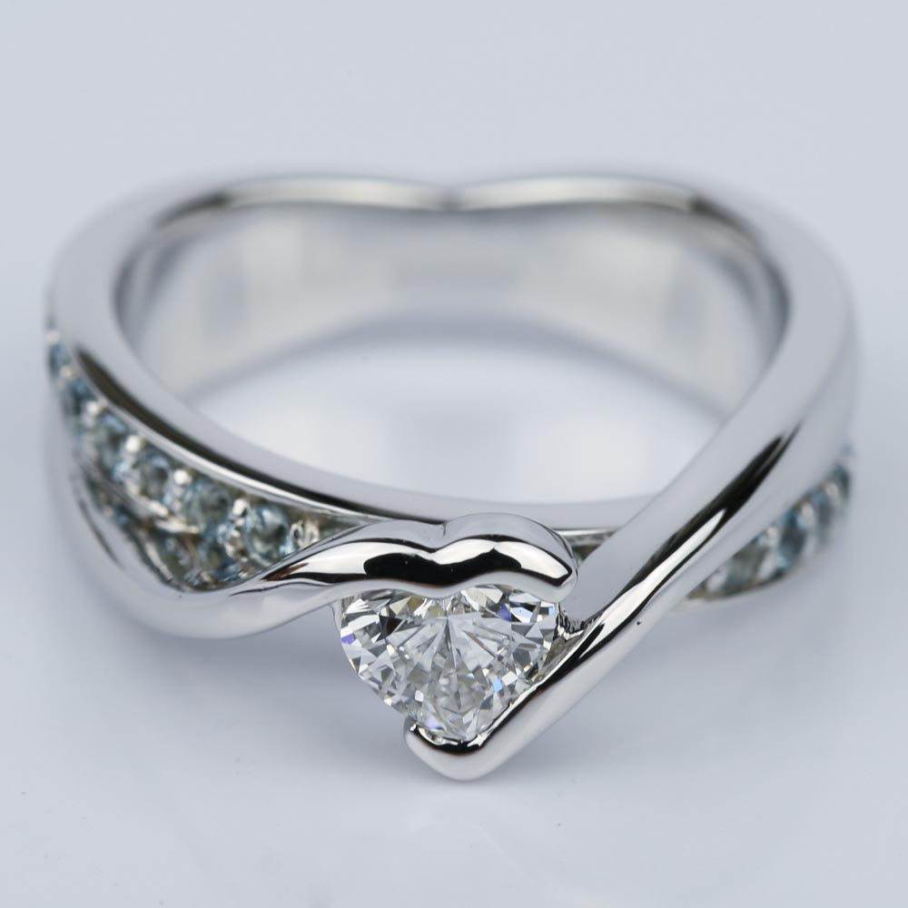Customized Bezel Aquamarine Gemstone Bridge Heart