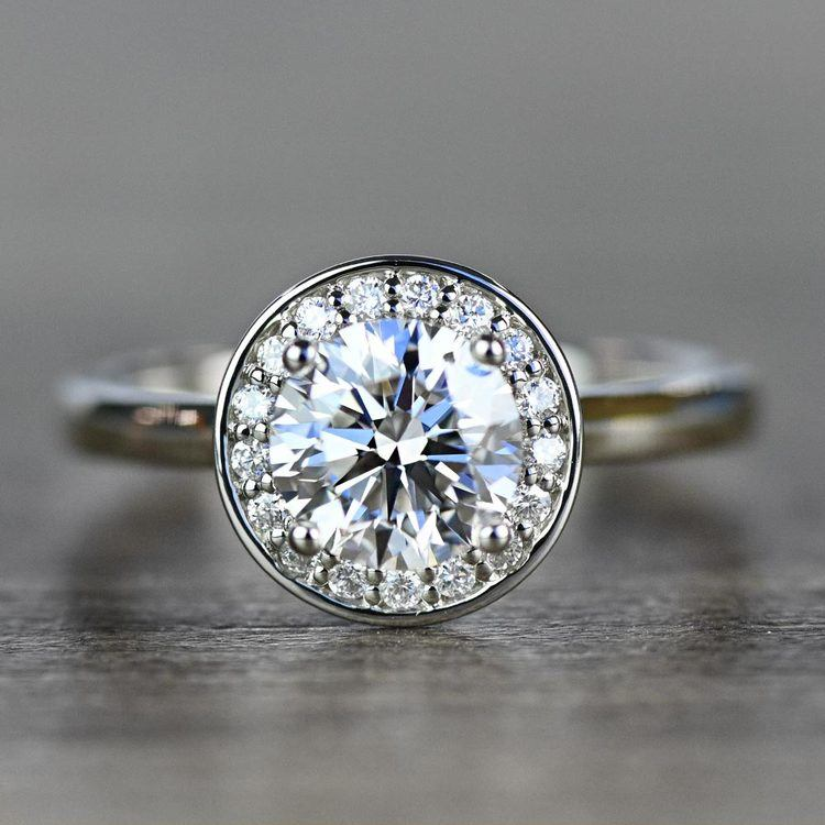 Dazzling Round Halo Engagement Ring In White Gold