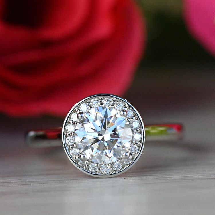 Dazzling Round Halo Engagement Ring In White Gold angle 5
