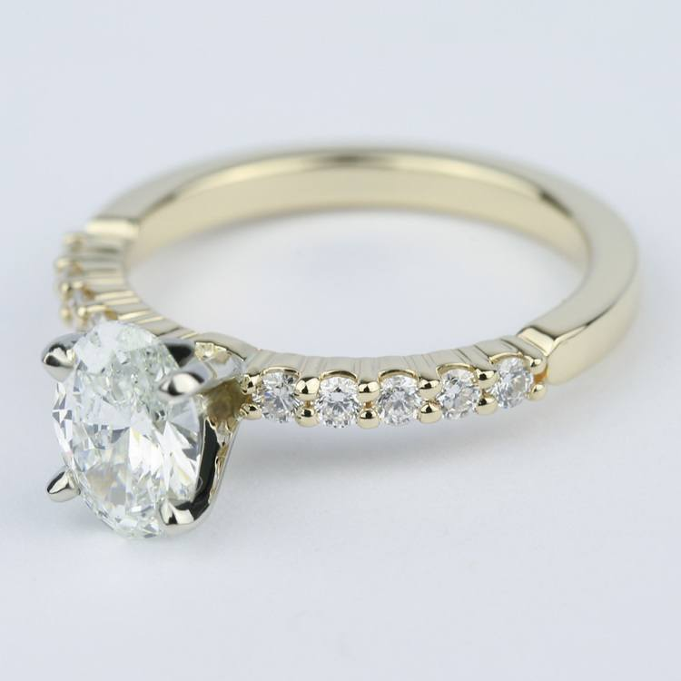 Delicate Shared-Prong 0.90 Carat Oval Diamond Engagement Ring angle 2