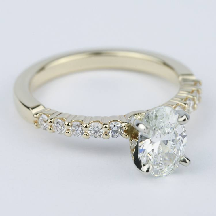 Delicate Shared-Prong 0.90 Carat Oval Diamond Engagement Ring angle 3