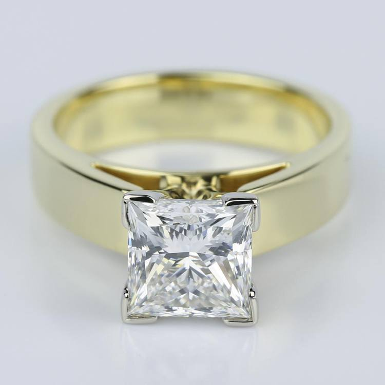 Flat Cathedral Solitaire Princess Diamond Engagement Ring in Yellow Gold (1.74 ct.)