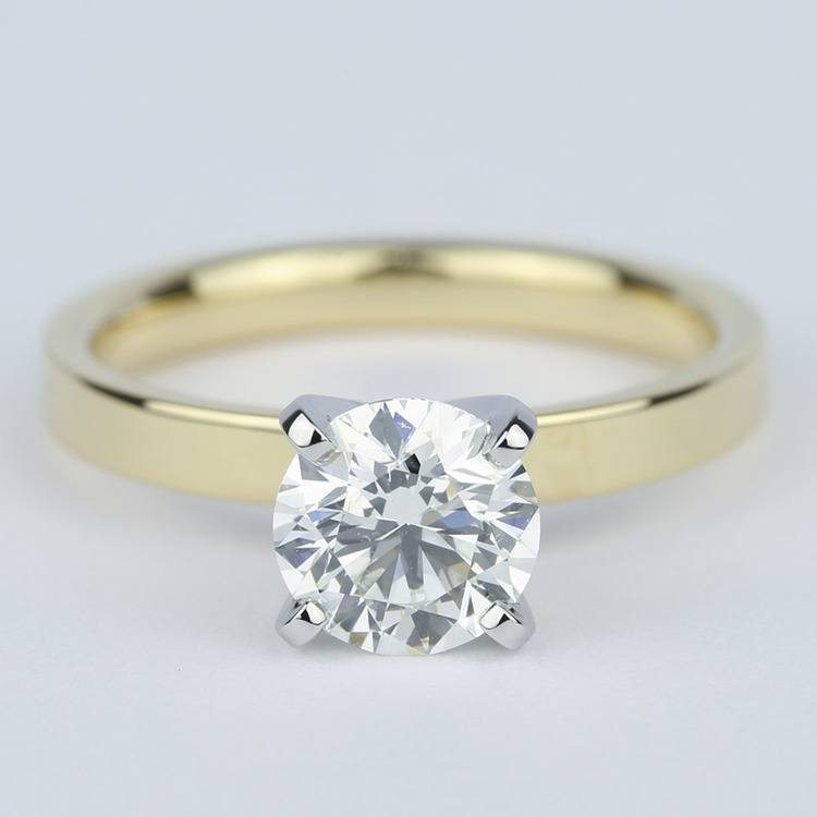 Solitaire Round Diamond Engagement Ring with Flat Band (1 Carat)