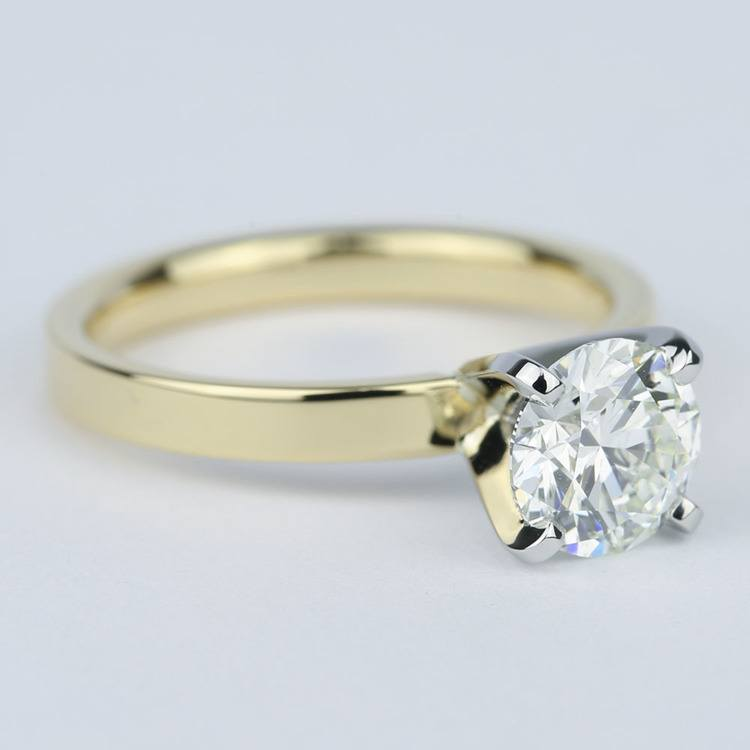 Solitaire Round Diamond Engagement Ring with Flat Band (1 Carat) angle 3