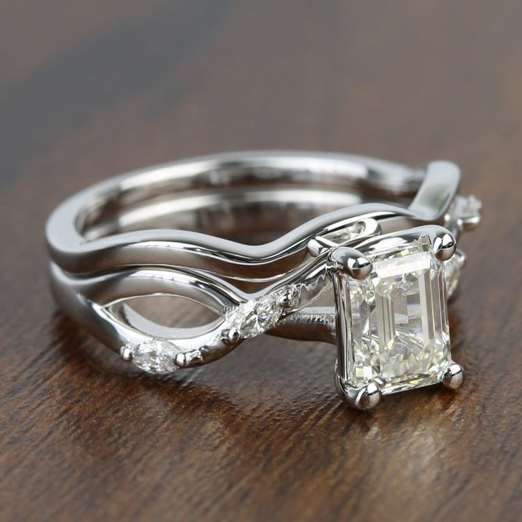 Florida Ivy 1.20 Carat Emerald Diamond Engagement Ring angle 3