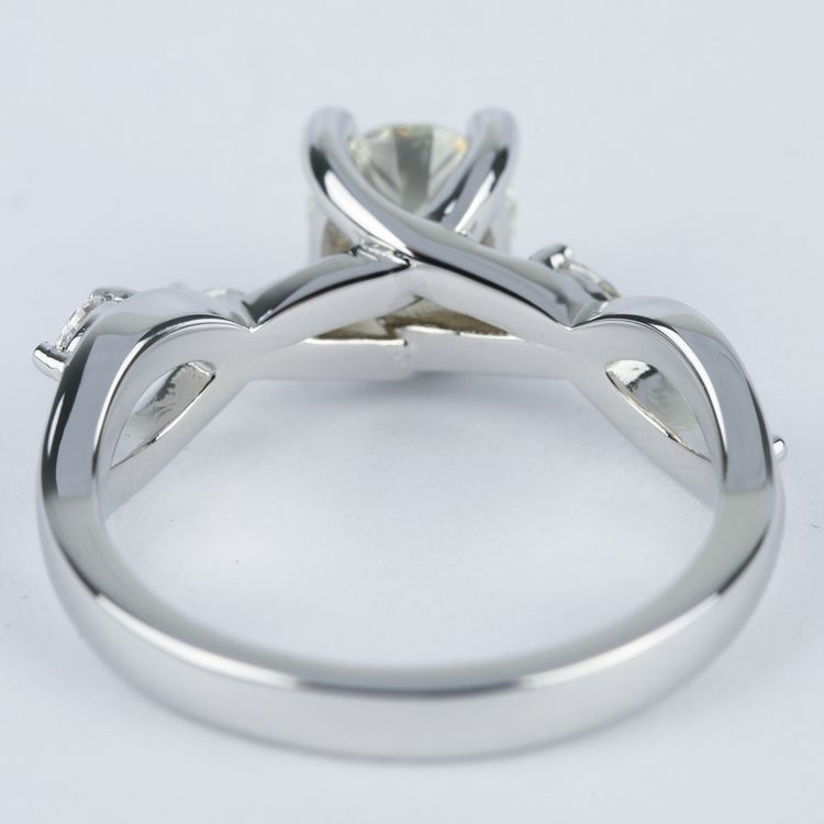 Florida Ivy Round Diamond Engagement Ring (0.80 ct.) angle 4