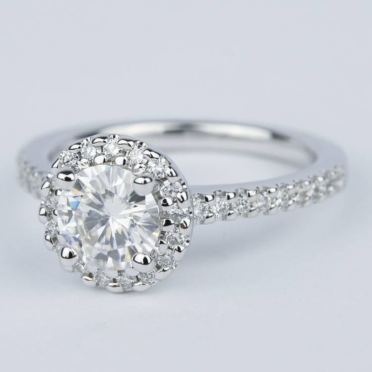 Halo Round Diamond Engagement Ring in White Gold (1.01 Carat) angle 2