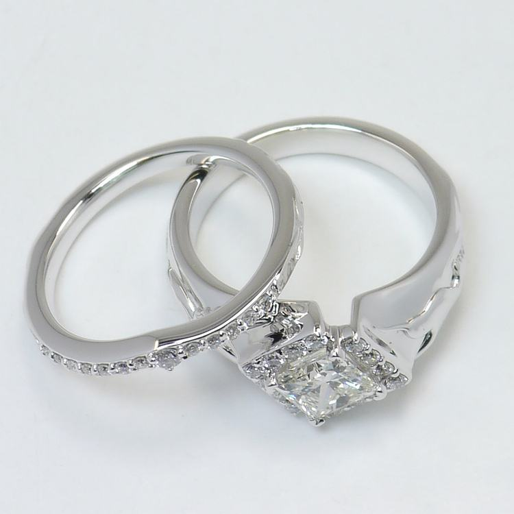 Hummingbird Diamond Ring with Matching Band angle 4