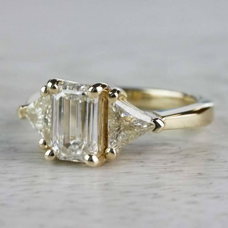 Incredible 1 Carat Emerald Cut Diamond Ring In Yellow Gold angle 2