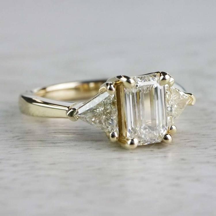 Incredible 1 Carat Emerald Cut Diamond Ring In Yellow Gold angle 3