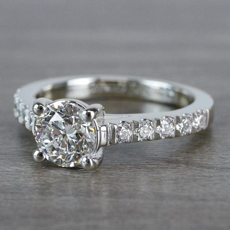 Mesmerizing Trellis Round Diamond Ring angle 2