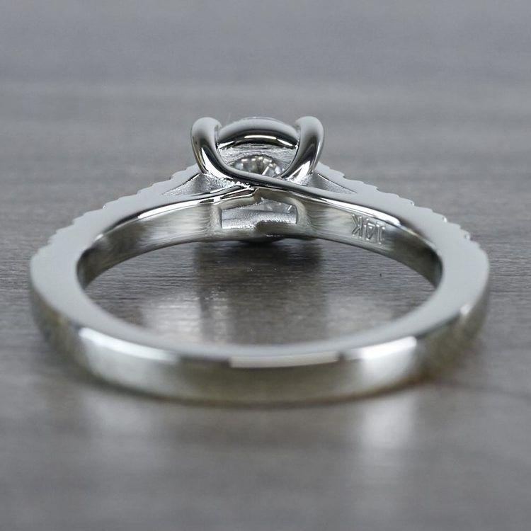 Mesmerizing Trellis Round Diamond Ring angle 4