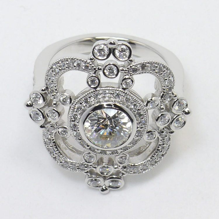 Custom Vintage Milgrain 0.90 Carat Round Diamond Engagement Ring angle 4