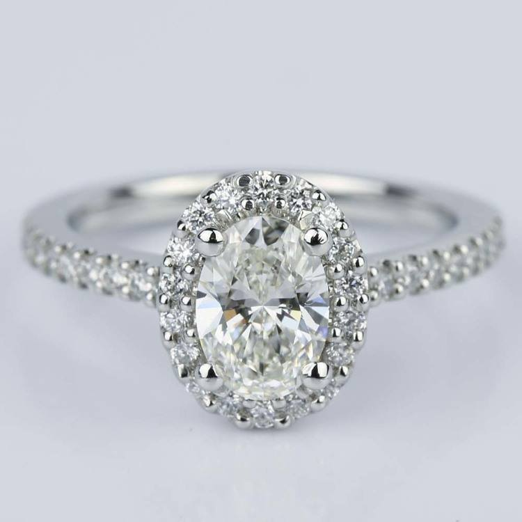 Oval Halo Diamond Diamond Engagement Ring in Platinum (0.93 ct.)