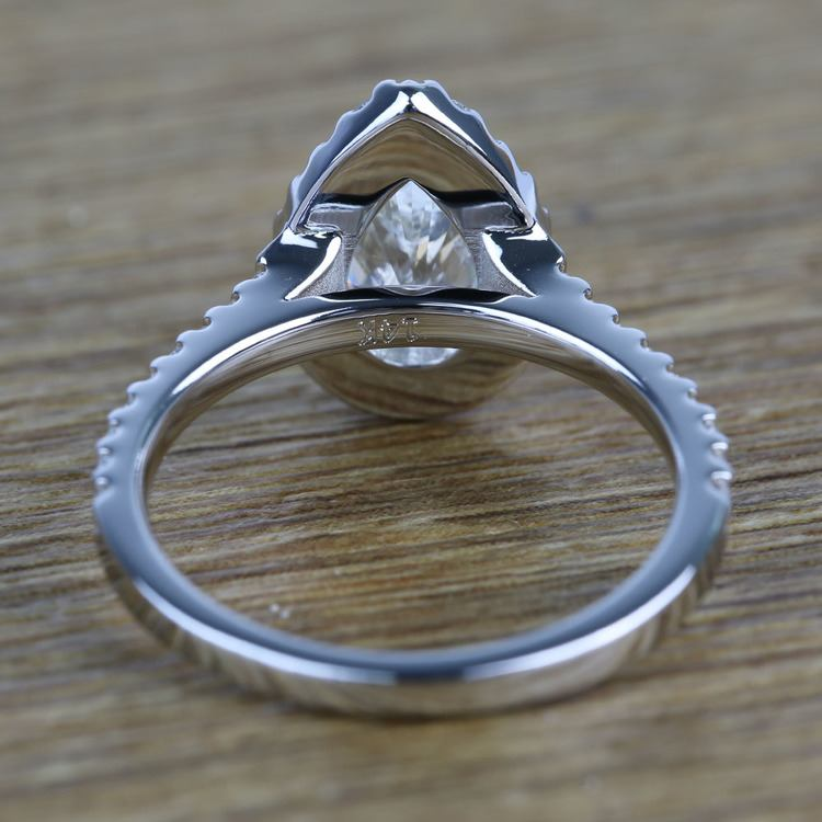 Pear Halo Diamond Engagement Ring (1.50 Carat) angle 4
