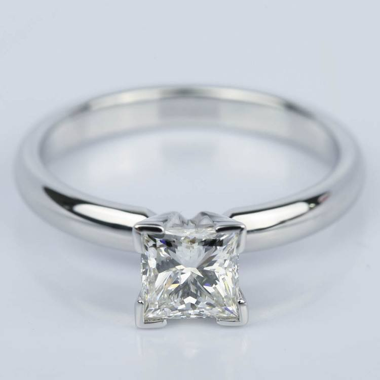 Princess Diamond Classic Solitaire Engagement Ring (0.85 ct.)