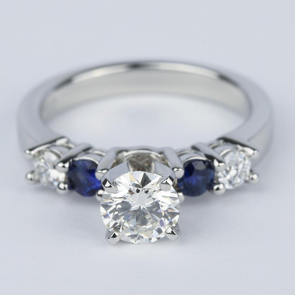 round diamond sapphire gemstone engagement ring ct. Black Bedroom Furniture Sets. Home Design Ideas