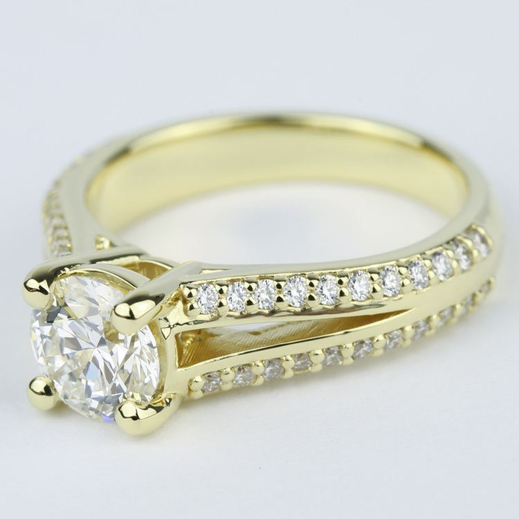 Split Shank Ring Setting with Super Ideal Round Diamond angle 2