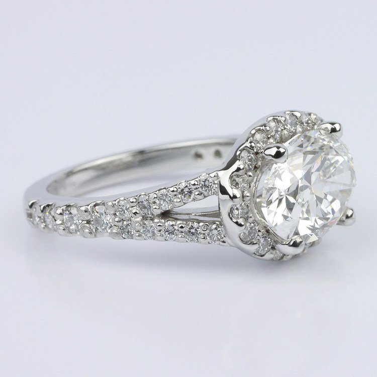 Horizontal Oval Halo Diamond Engagement Ring (2.26 ct.) angle 3