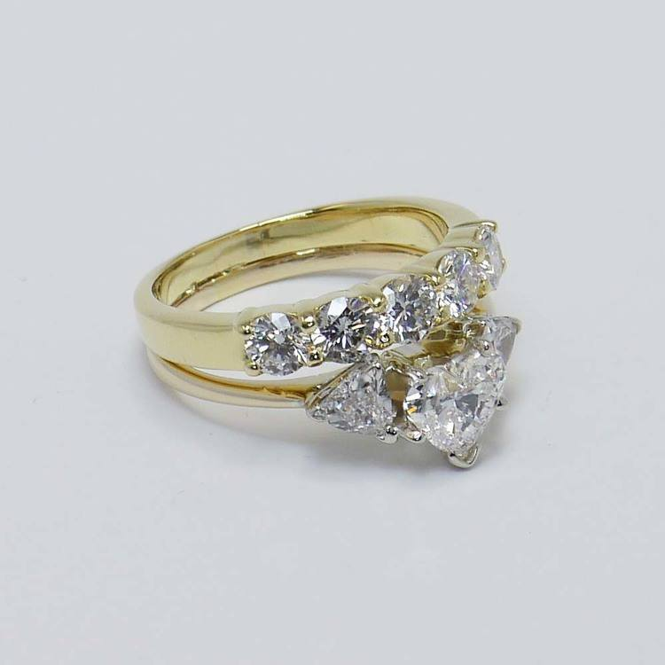Heart and Trellis Diamond Ring with Round Diamond Wedding Band angle 4