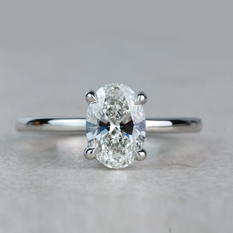 Stunning 1 Carat Oval Diamond Solitaire Engagement Ring