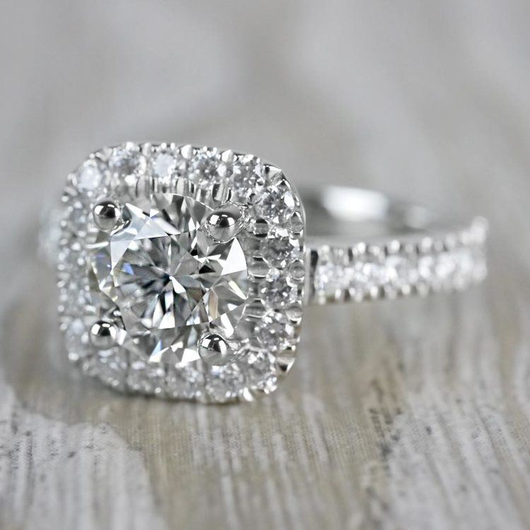 Stylish & Squared Round Cut Diamond Halo Ring angle 2