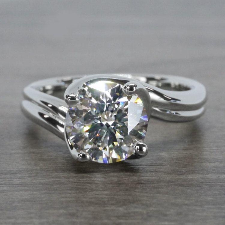 Swirl Styled 2 Carat Diamond Ring